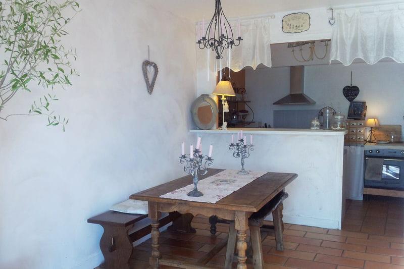 Une salle manger rustique et r cup la campagne for Salle a manger rustique