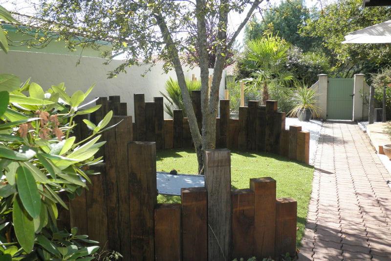 Palissade en forme de cercle un jardin japonais facile for Jardin facile a entretenir
