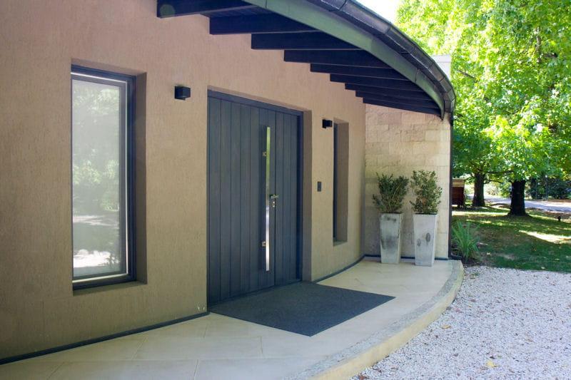 une fa ade contemporaine une maison d 39 archi avec. Black Bedroom Furniture Sets. Home Design Ideas