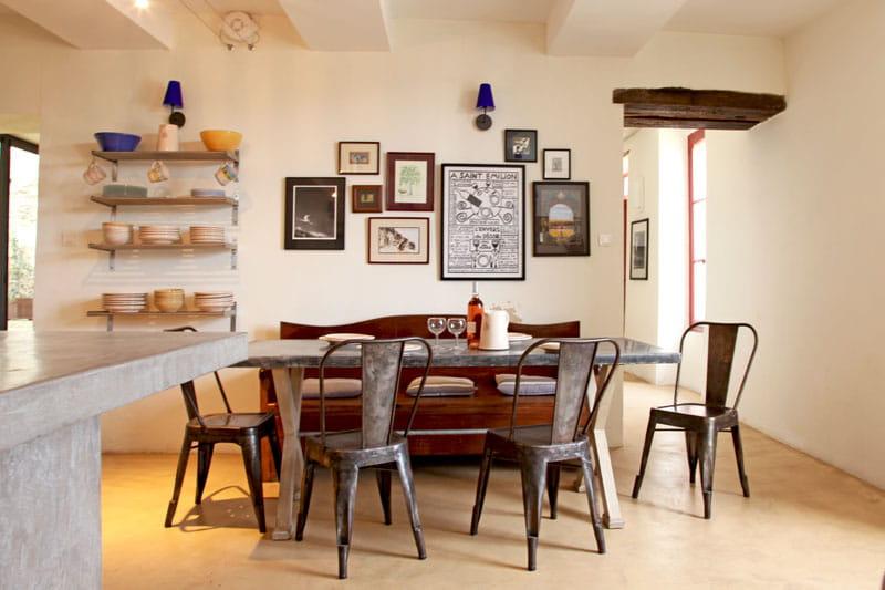 Une cuisine bien sympathique maison atypique dans une for Deco cuisine atypique