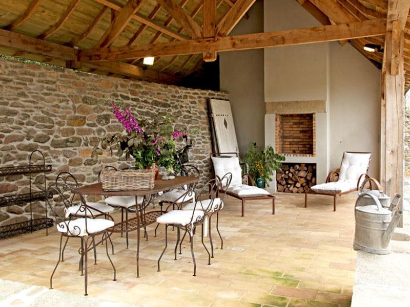 Pierres bretonnes et fer forg les salons d 39 t s 39 installent au jar - Salon jardin fer forge ...