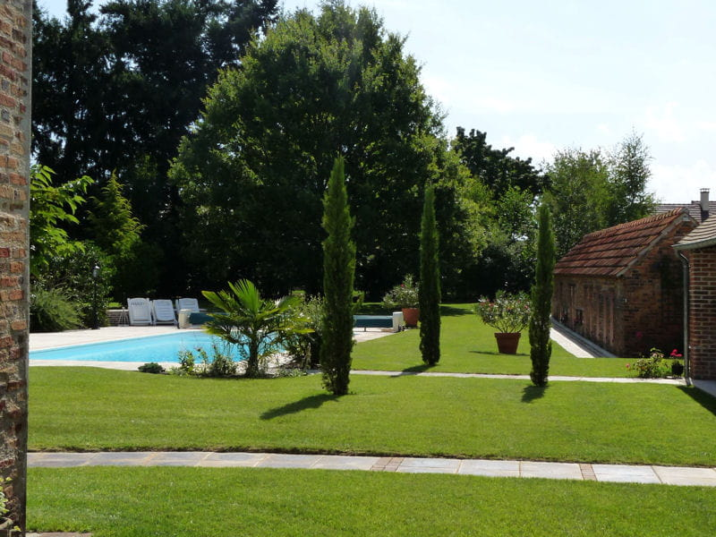 Am nagement d 39 un jardin avec piscine journal des femmes for Jardin avec piscine