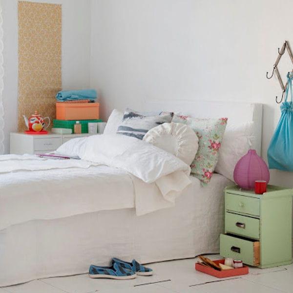 dessus de lit rosendal de bemz du linge de lit en lin pour la chambre journal des femmes. Black Bedroom Furniture Sets. Home Design Ideas