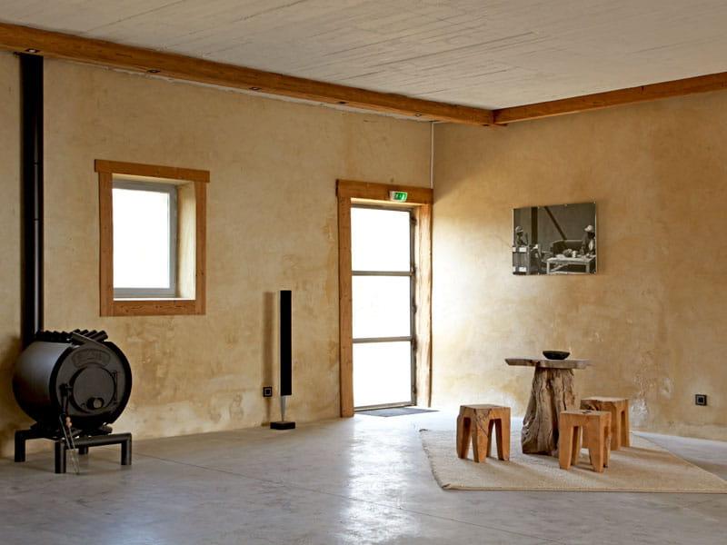 Esprit minimaliste au salon lodges et habitats insolites for Habitat minimaliste