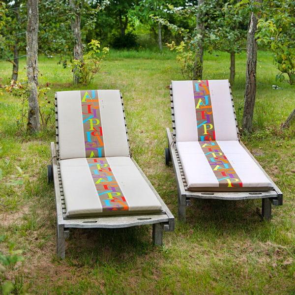 coussins meli melo de jardin priv mobilier de jardin pause d tente dans un transat. Black Bedroom Furniture Sets. Home Design Ideas