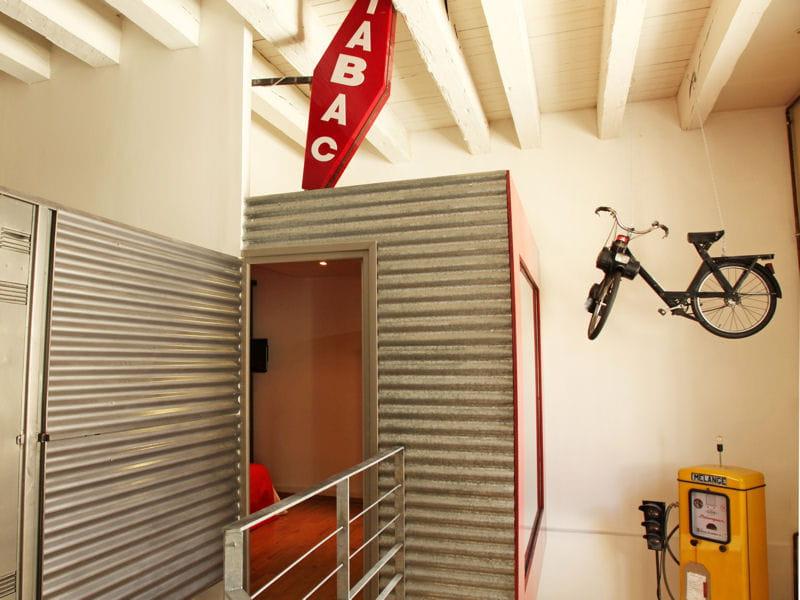 cloison en t le 34 id es pour s parer l 39 espace en beaut journal des femmes. Black Bedroom Furniture Sets. Home Design Ideas