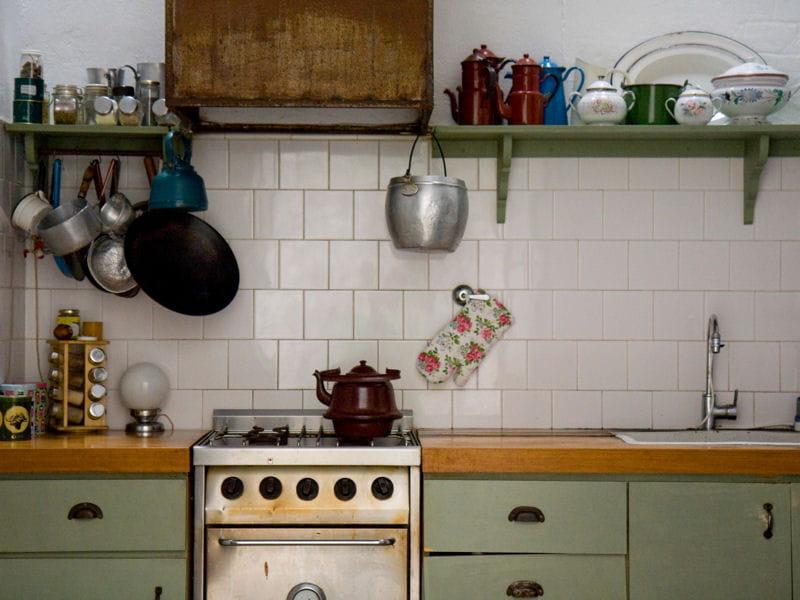 cuisine vintage la couleur pastel en d co journal des femmes. Black Bedroom Furniture Sets. Home Design Ideas