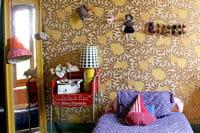papier peint osborne & little dans une chambre de petite fille