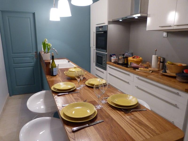 cuisine familiale en longueur cuisine les plus belles pi ces des lectrices journal des femmes. Black Bedroom Furniture Sets. Home Design Ideas