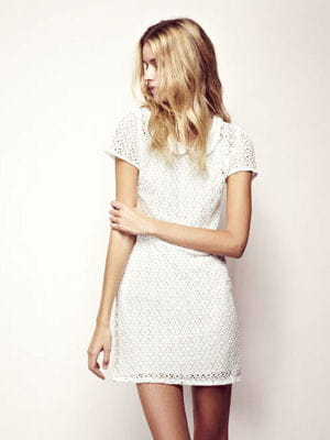 robe blanche ikks vetement fille pas cher. Black Bedroom Furniture Sets. Home Design Ideas