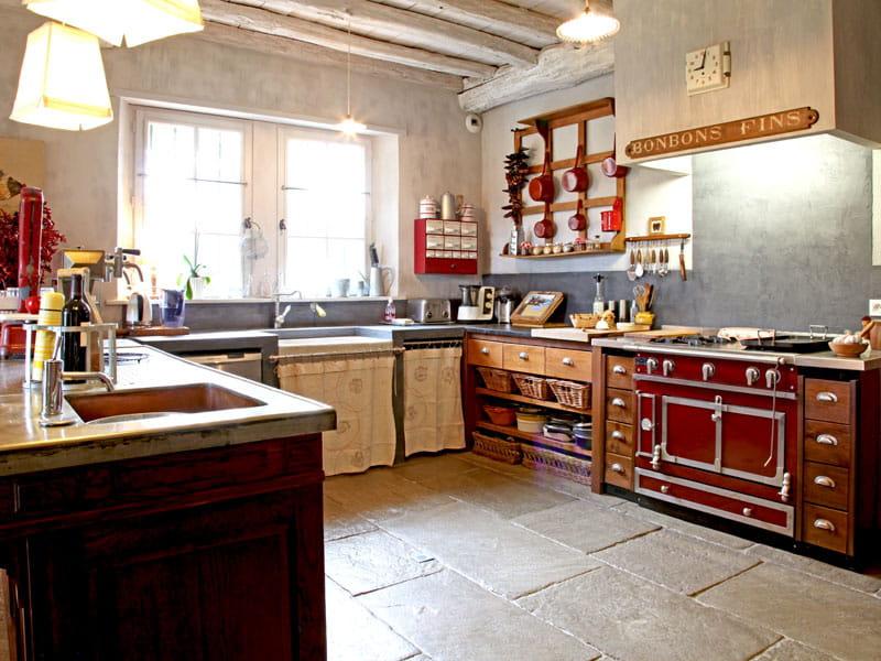Cuisine fa on picerie une maison basque aux volets bleus journal des femmes - Journal de femmes cuisine ...