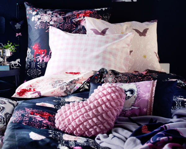 coussins ikea les nouveaut s ikea de la rentr e 2013 journal des femmes. Black Bedroom Furniture Sets. Home Design Ideas