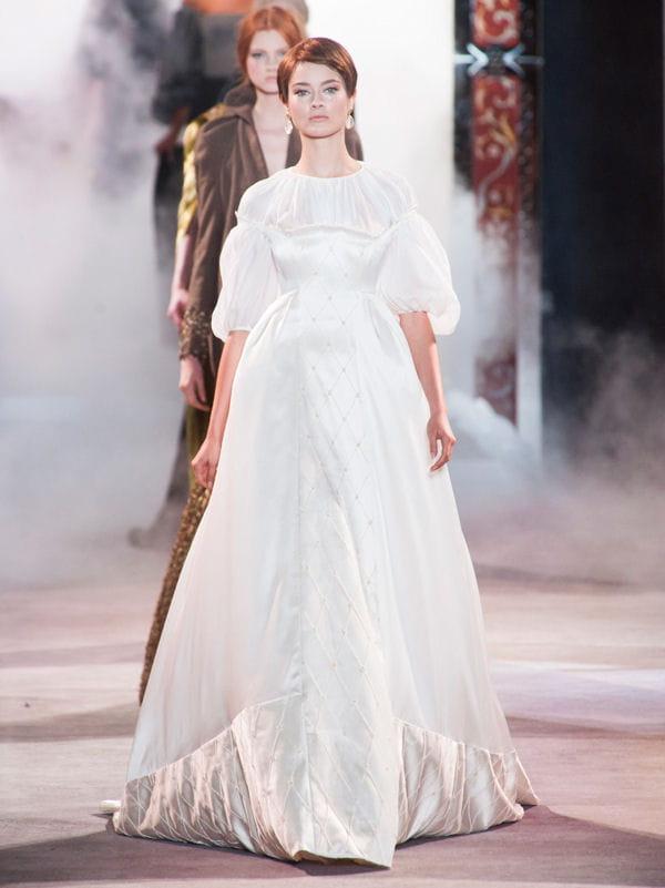 Les robes de mariée de luxe de lhiver 2014 Défilé Ulyana Sergeenko ...