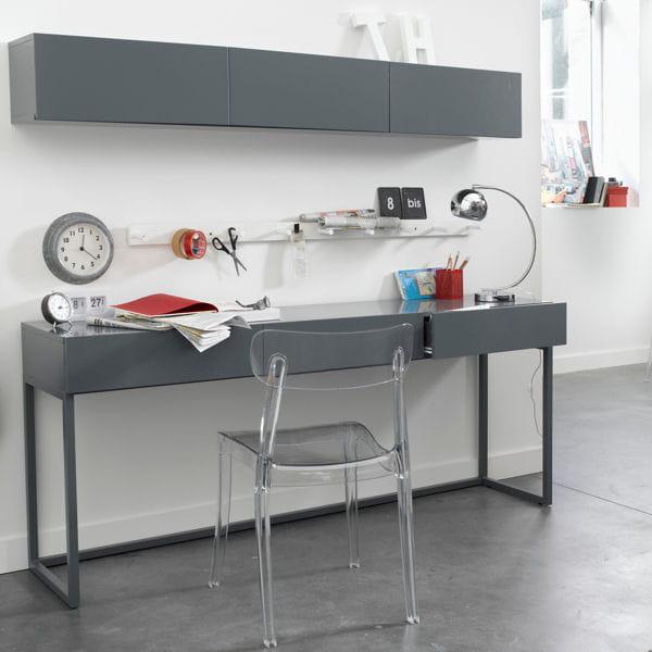 bureau laqu de la redoute un bureau m me dans un petit espace journal des femmes. Black Bedroom Furniture Sets. Home Design Ideas