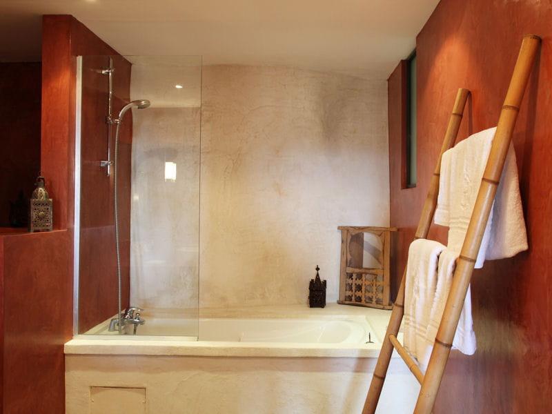 Echelle bambou salle de bain gifi - Echelle en bambou pour salle de bain ...