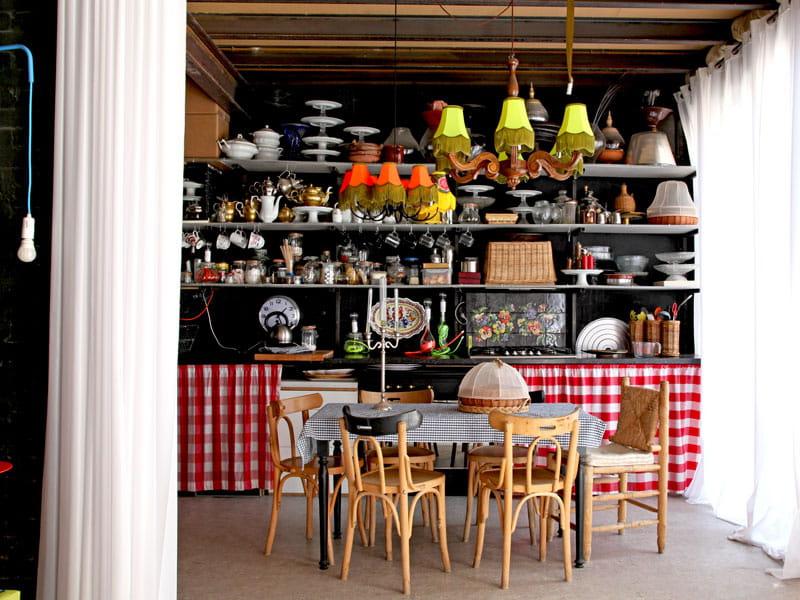 Cuisine fa on r tro la maison originale et color e de for Deco cuisine originale