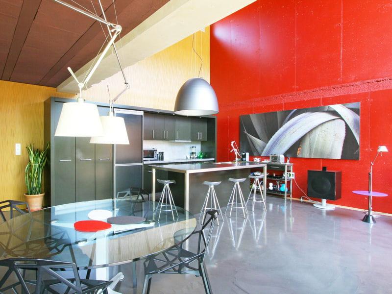 Une cuisine ouverte tr s moderne 40 cuisines ouvertes for Cuisine tres moderne