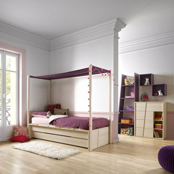 lit baldaquin cam o de gautier chambre d 39 enfant une rentr e d co au top journal des femmes. Black Bedroom Furniture Sets. Home Design Ideas
