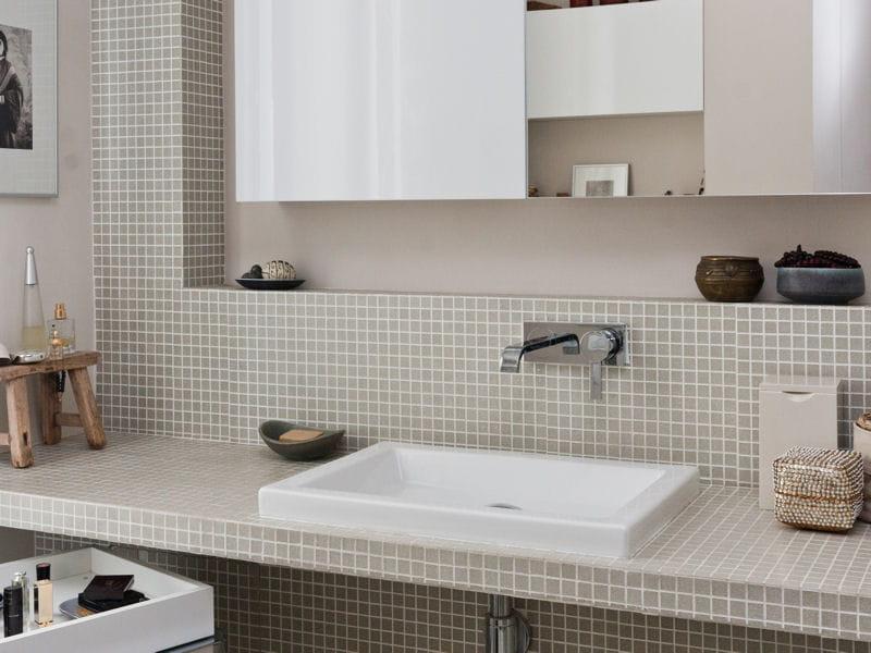 Une salle d 39 eau f minine salle de bains la mosa que - Petite salle d eau avec douche ...