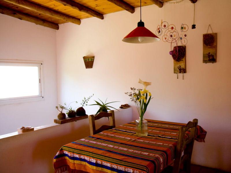 Une salle manger nature une maison pleine de vie avec for Salle a manger nature