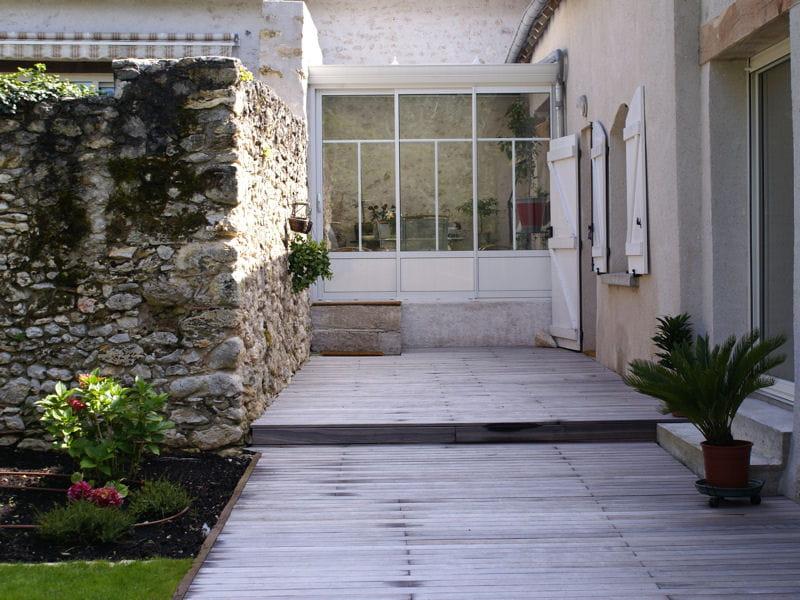 Après  une terrasse en bois grisé  Un jardin qui sublime une belle