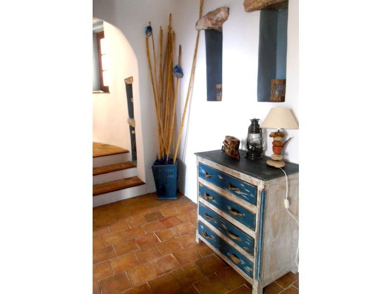 commode patin e maison entre charme et tradition au maroc journal des femmes. Black Bedroom Furniture Sets. Home Design Ideas
