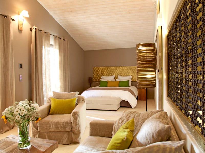 d 39 ambre et d 39 orient. Black Bedroom Furniture Sets. Home Design Ideas