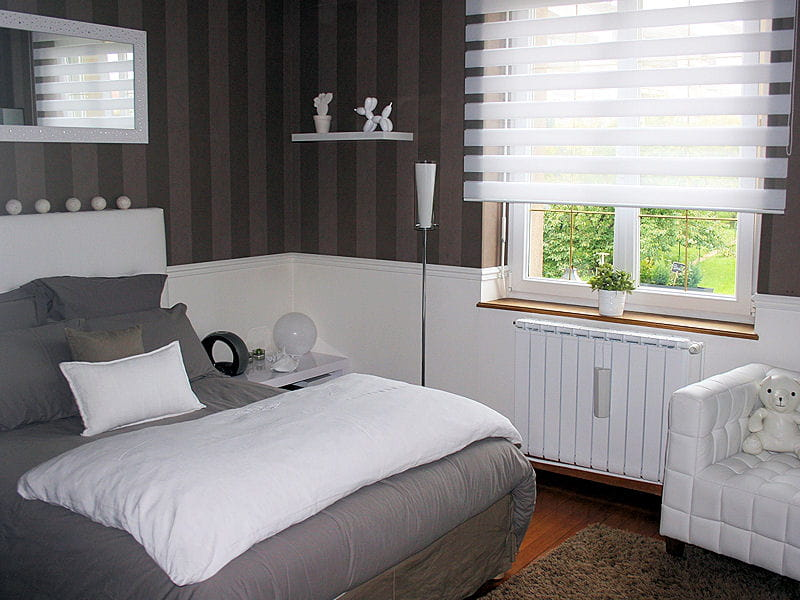 la chambre de son fils visitez la maison de val rie journal des femmes. Black Bedroom Furniture Sets. Home Design Ideas