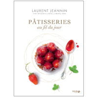 'pâtisseries au fil du jour', paru le 7 novembre dernier aux éditions solar.