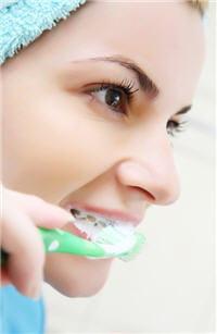 dentifrice et kits blancheur efficaces blanchiment dentaire solutions et risques. Black Bedroom Furniture Sets. Home Design Ideas