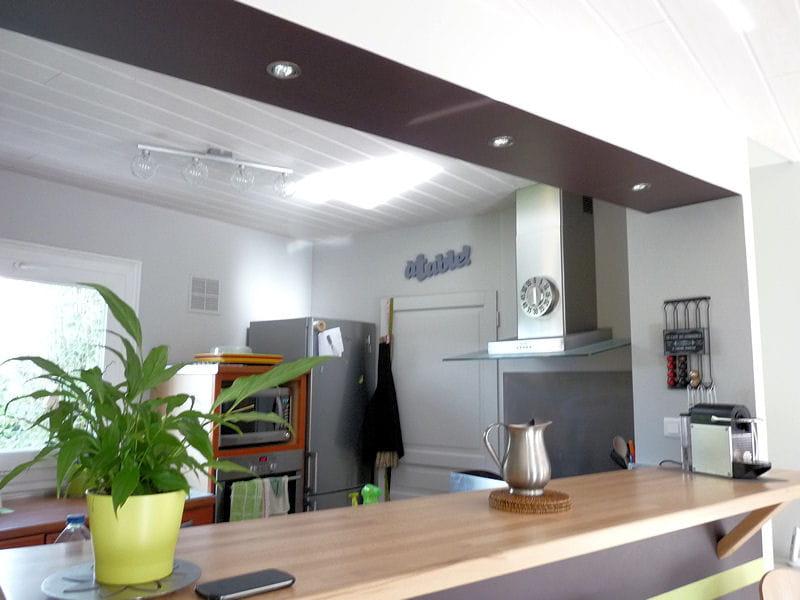 Un bar de cuisine habill de chocolat nouvelle vie pour - Bar pour separer cuisine salon ...
