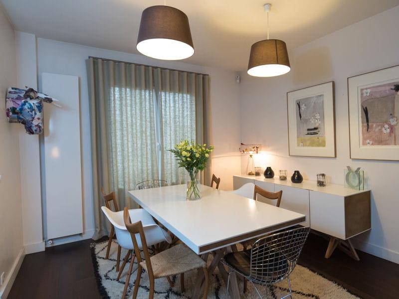 salle manger blanc et bois une vraie maison de famille fonctionnelle journal des femmes. Black Bedroom Furniture Sets. Home Design Ideas