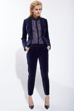 tailleur pantalon en velours de c a. Black Bedroom Furniture Sets. Home Design Ideas