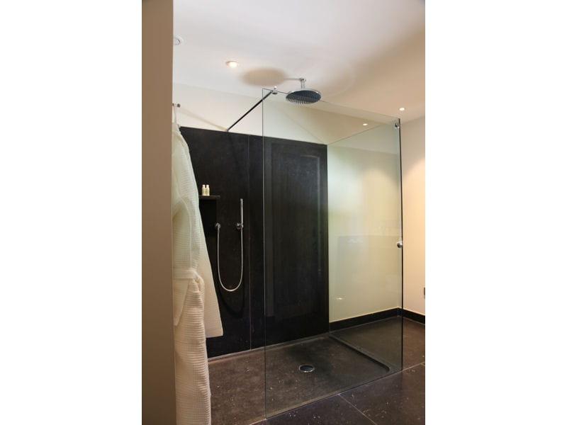 Douche contrastante douche l 39 italienne une pluie de for Douche italienne fermee