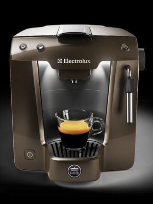 Machine caf lavazza et electrolux no l 2013 des - Machine a cafe electrolux ...