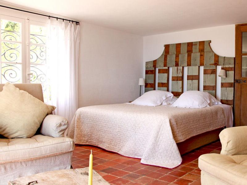50 id es pour refaire sa t te de lit journal des femmes. Black Bedroom Furniture Sets. Home Design Ideas