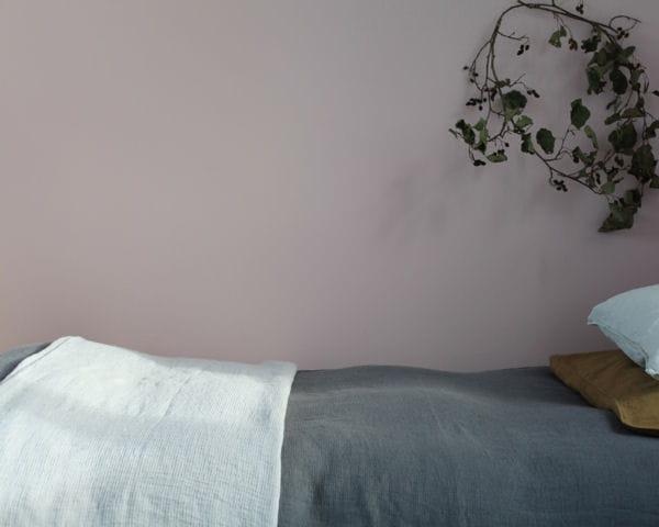 Jet de lit de linge particulier par ici les meubles et for Meuble chinois solde