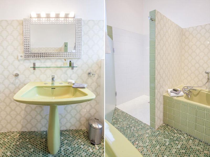 Salle de bains vert d 39 eau pause d co aristo chic en for Salle de bain vert d eau