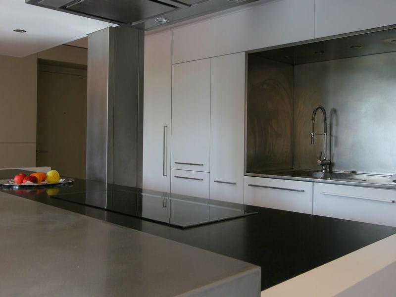 En granit noir plan de travail de cuisine 35 mod les for Modele cuisine noire