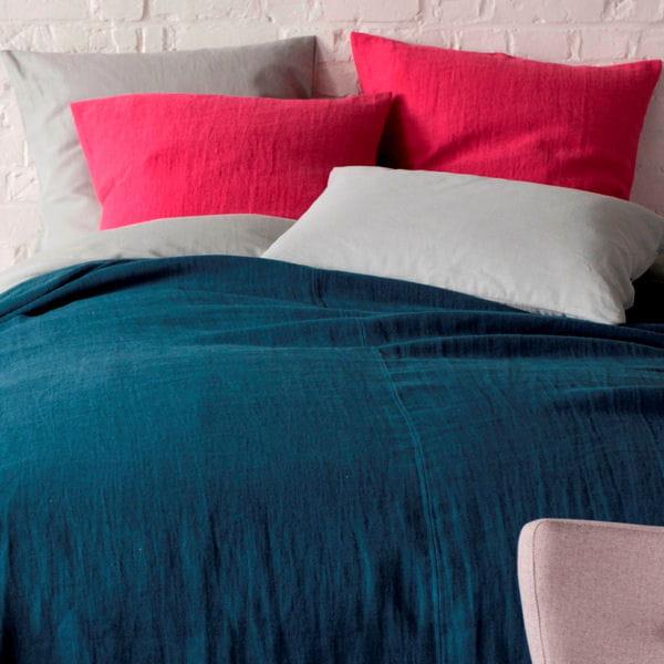 parure en lin de landmade du linge de lit pigment pour pimenter vos nuits journal des femmes. Black Bedroom Furniture Sets. Home Design Ideas