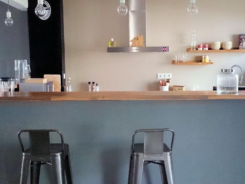 cuisine conviviale visitez la maison de sandrine journal des femmes. Black Bedroom Furniture Sets. Home Design Ideas