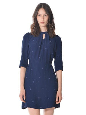 robe bleu marine de sessun looks branch s pour printemps styl journal des femmes. Black Bedroom Furniture Sets. Home Design Ideas