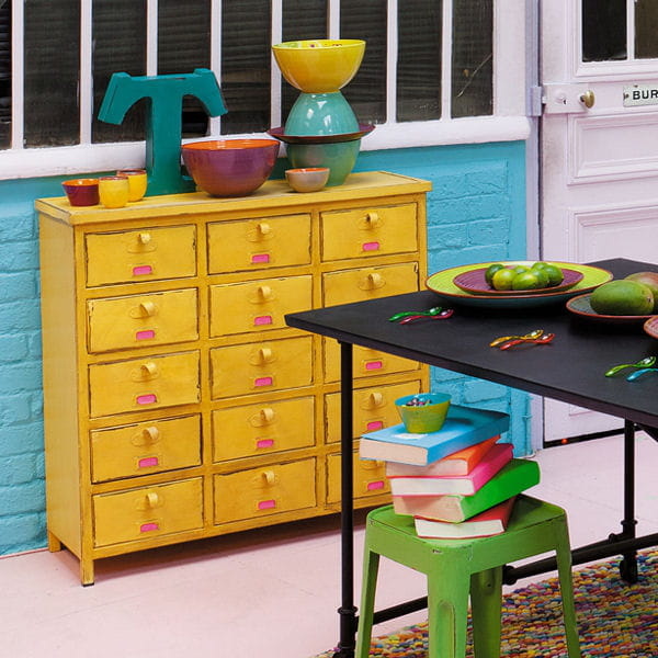 commode jaune de maisons du monde le jaune illumine la d co journal des femmes. Black Bedroom Furniture Sets. Home Design Ideas