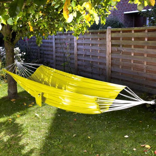 hamac jaune innovaxe le jaune illumine la d co journal des femmes. Black Bedroom Furniture Sets. Home Design Ideas