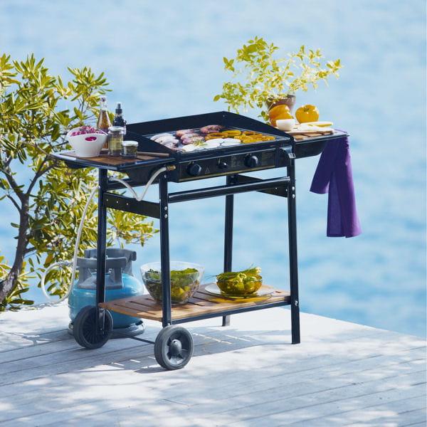plancha sur roulettes barbecues planchas et braseros pour cuisiner au jardin journal des femmes. Black Bedroom Furniture Sets. Home Design Ideas
