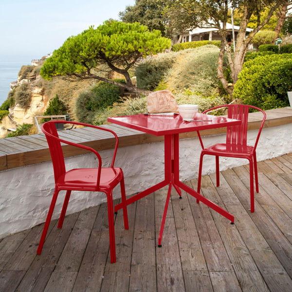 Table et chaises pop le mobilier de jardin annonce la Mobilier jardin couleur