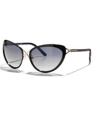 lunettes de soleil papillon de tom ford attention. Black Bedroom Furniture Sets. Home Design Ideas