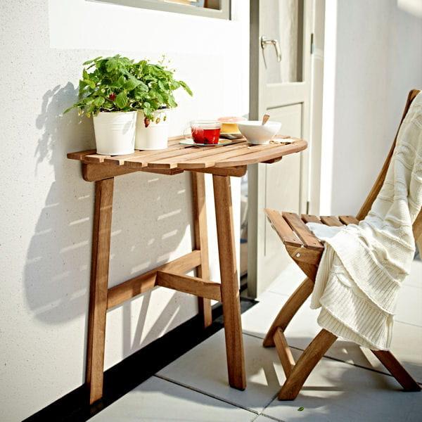 Table De Balcon Ikea : une console pour gagner encore plus de place ~ Teatrodelosmanantiales.com Idées de Décoration