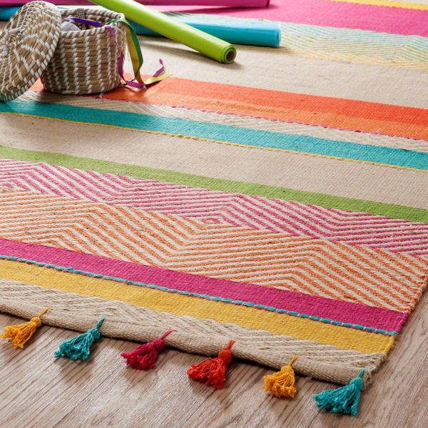 Tapis multicolore maisons du monde do brazil la d co version tropicale journal des femmes - Tapis scandinave maison du monde ...