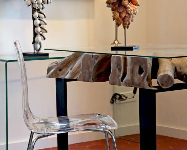 entre modernit et authenticit que faire avec du bois flott journal des femmes. Black Bedroom Furniture Sets. Home Design Ideas